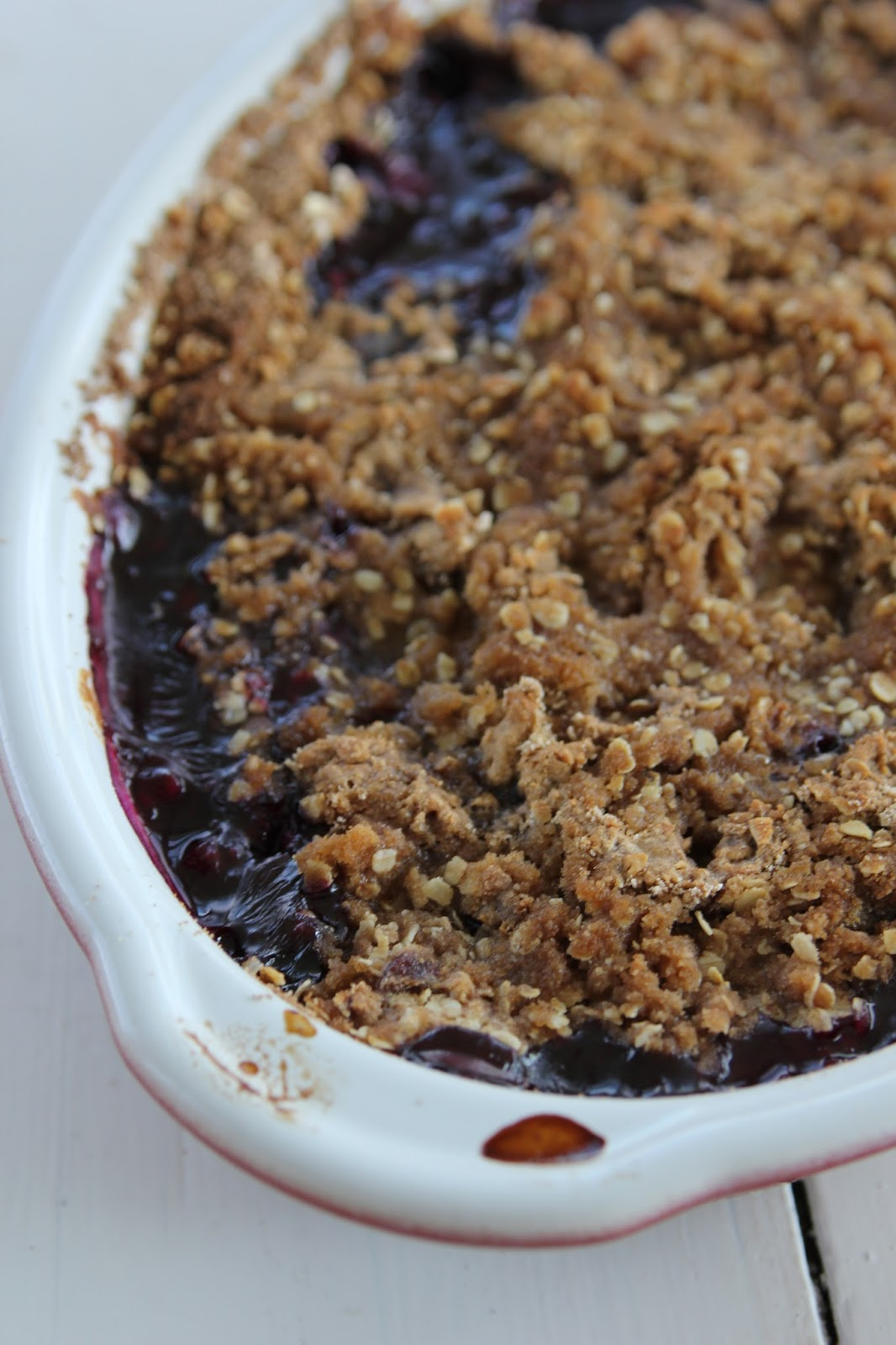 carmen's kitch: Peach and Blueberry Crisp