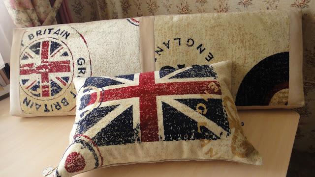 Декоративная подушка и матрасик для детской Английский флаг: 60х40 см, матрас 130х40 см Текстиль для детской, подарок девочке, подарок мальчику