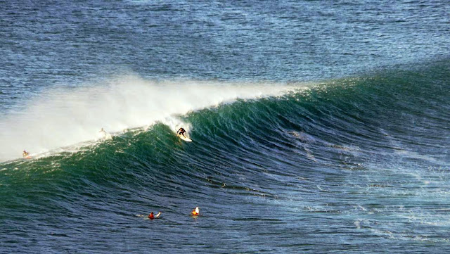 surfing menakoz 38