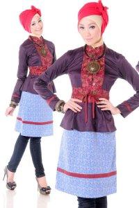 Esme Blus E-010602 A - Ungu Tua Biru (Toko Jilbab dan Busana Muslimah Terbaru)