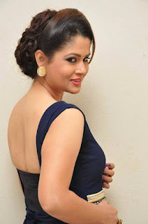 Shilpa Chakravarthy Stills in Long Dress at tur Talkies Trailer Launch ~ Celebs Next