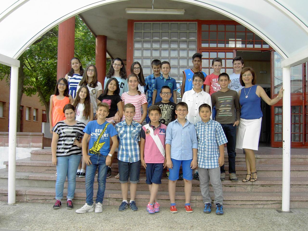 La escuela en el instituto de torres de la alameda - Piscina torres de la alameda ...