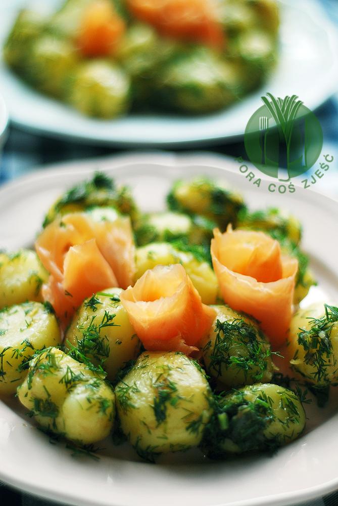Sałatka z ziemniakami i koperkiem