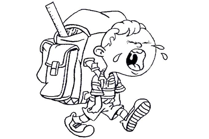 صورة طفل يبكي وهو يحمل حقيبة ثقيلة جدا مفرغة لتلوين الاطفال
