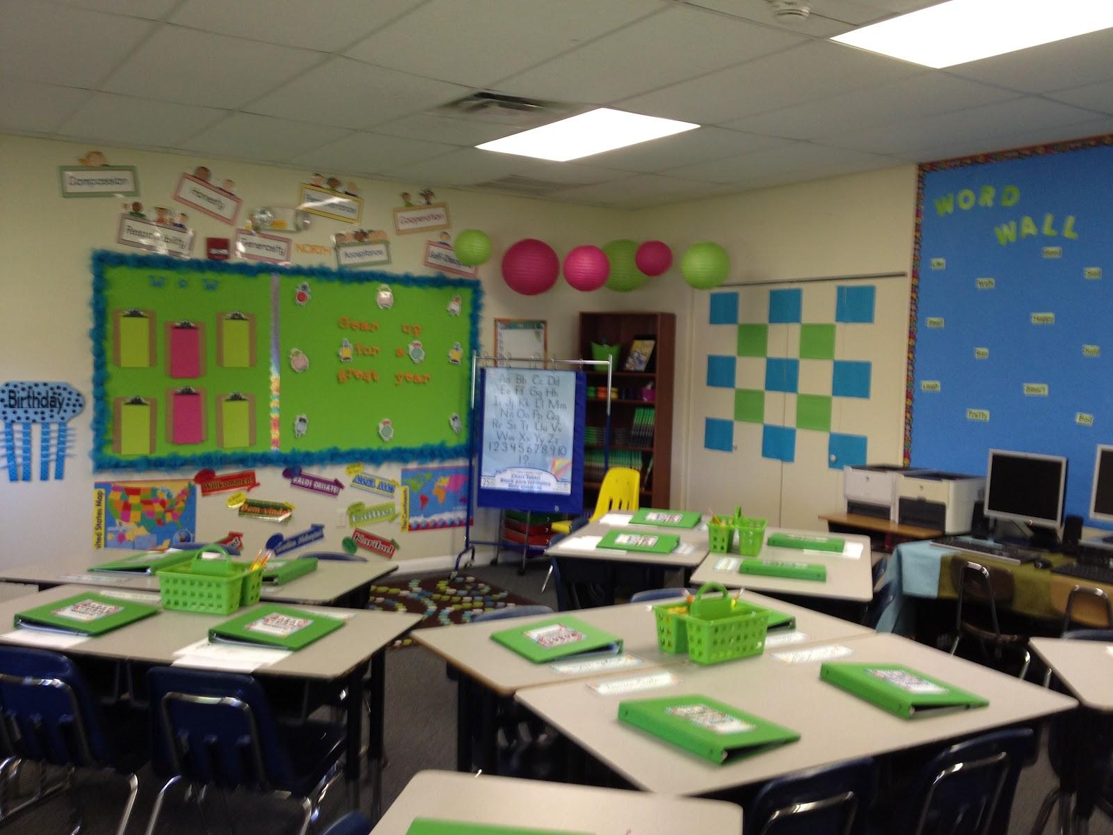 Classroom Design 3rd Grade ~ Rd grade travelin teacher classroom organization