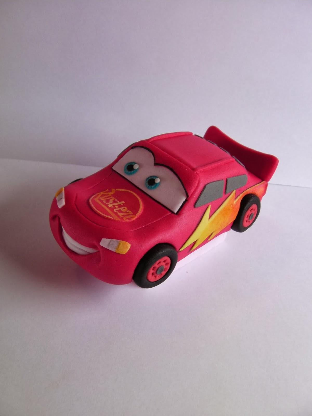Cake With Fondant Cars : Studio