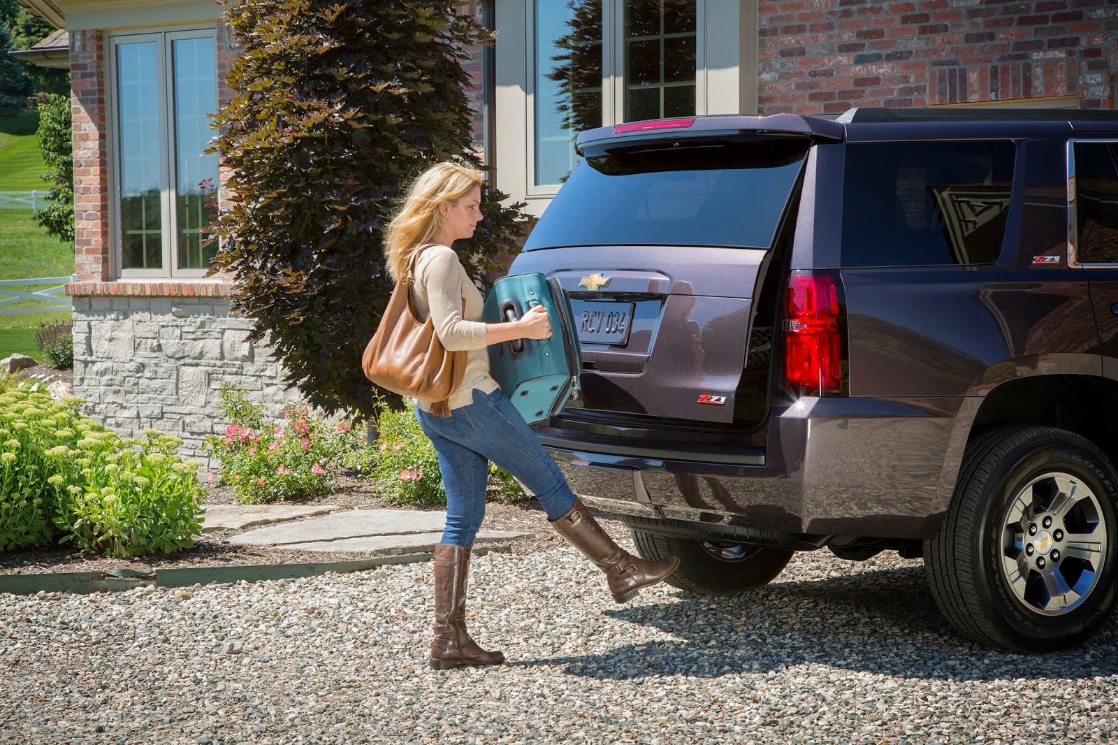 2015 Chevrolet Tahoe & Suburban Z71 Package Details