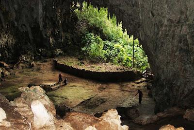 Caverna Liang Bua – Indonésia