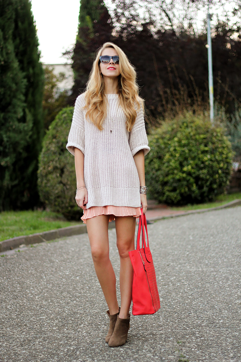pleated mini skirt, pastel sweater, summer-to-fall transition outfit