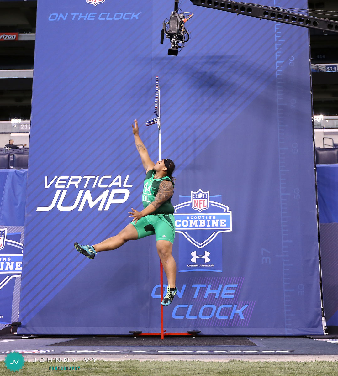 Is there a website with all the vertical leap numbers of all the players in the NFL?