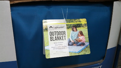 Lightspeed Outdoors Folding Blanket - convenient and easy to clean