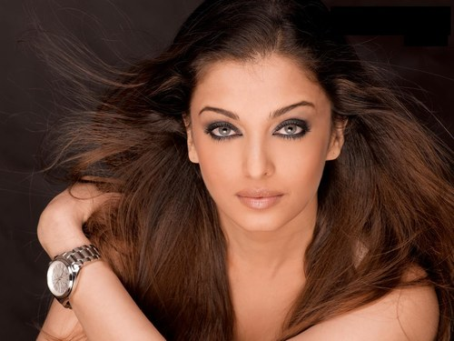 Bollywood Actress Gallery   Wallpapers  Aishwarya Rai Without Clos
