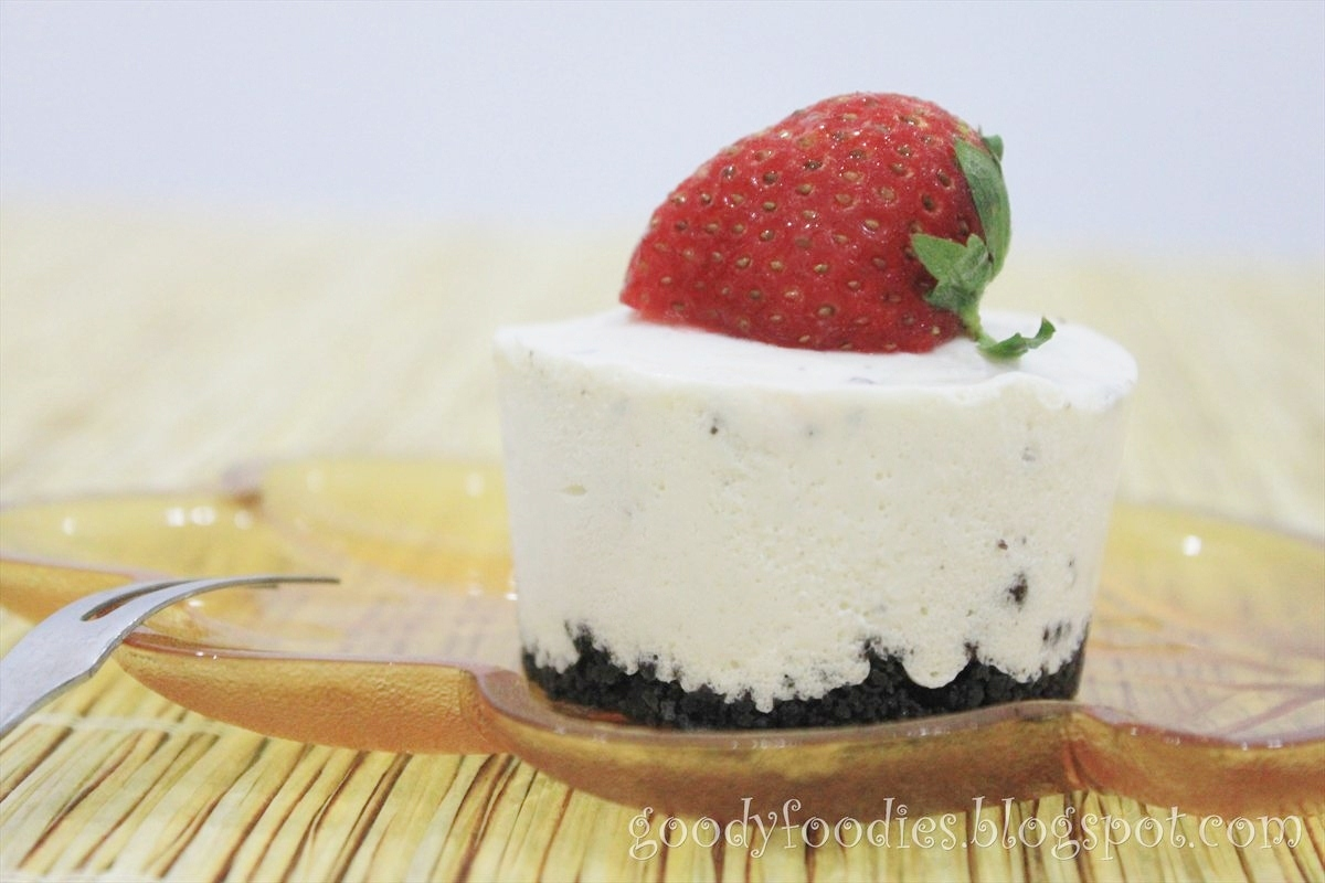 GoodyFoodies: Recipe: No-bake Oreo cheesecake (cupcakes)