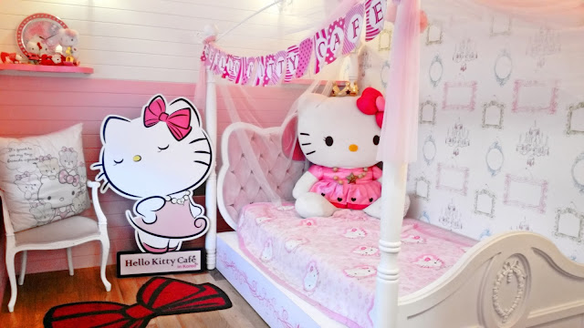 Hello Kitty fans will definitely love to spend a lovely afternoon in this cafe | www.meheartseoul.blogspot.sg