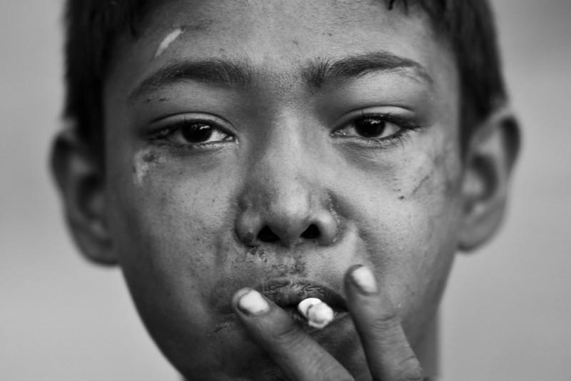 how to detect a drug addict