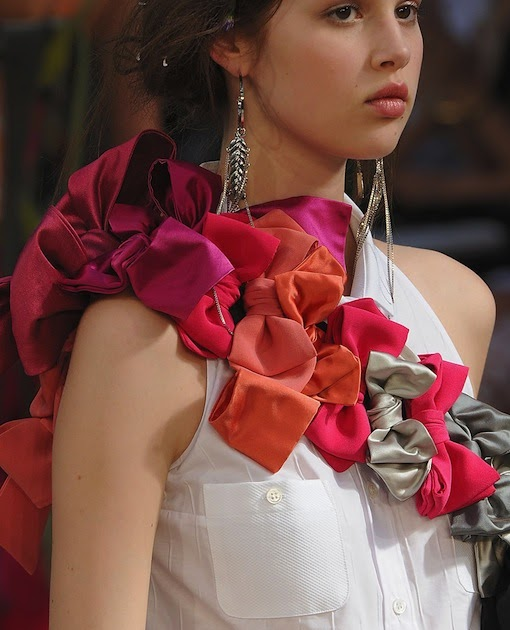 The Terrier and Lobster: Alexis Mabille Spring 2012 Bow Sashes