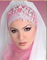 Muslimah Gaul Dengan Mengenakan Jilbab