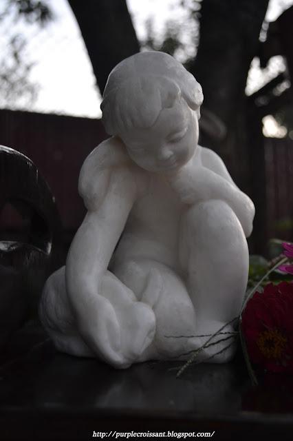 девочка и кролик