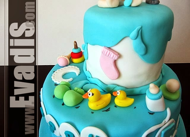 Design picture of baby in shower middle tier cake