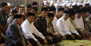 Presiden Joko Widodo meresmikan hari santri nasional di masjid Istiqlal Jakarta