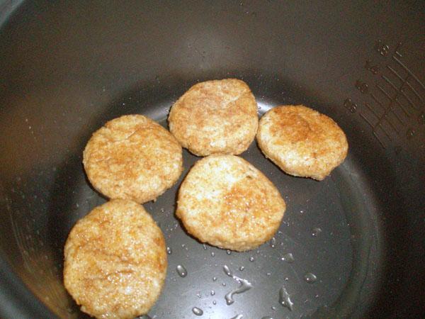 Котлеты с сыром в мультиварке (Фото)