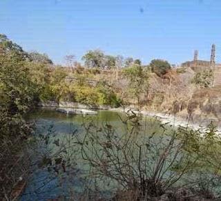 Pond at AsirGarh Fort