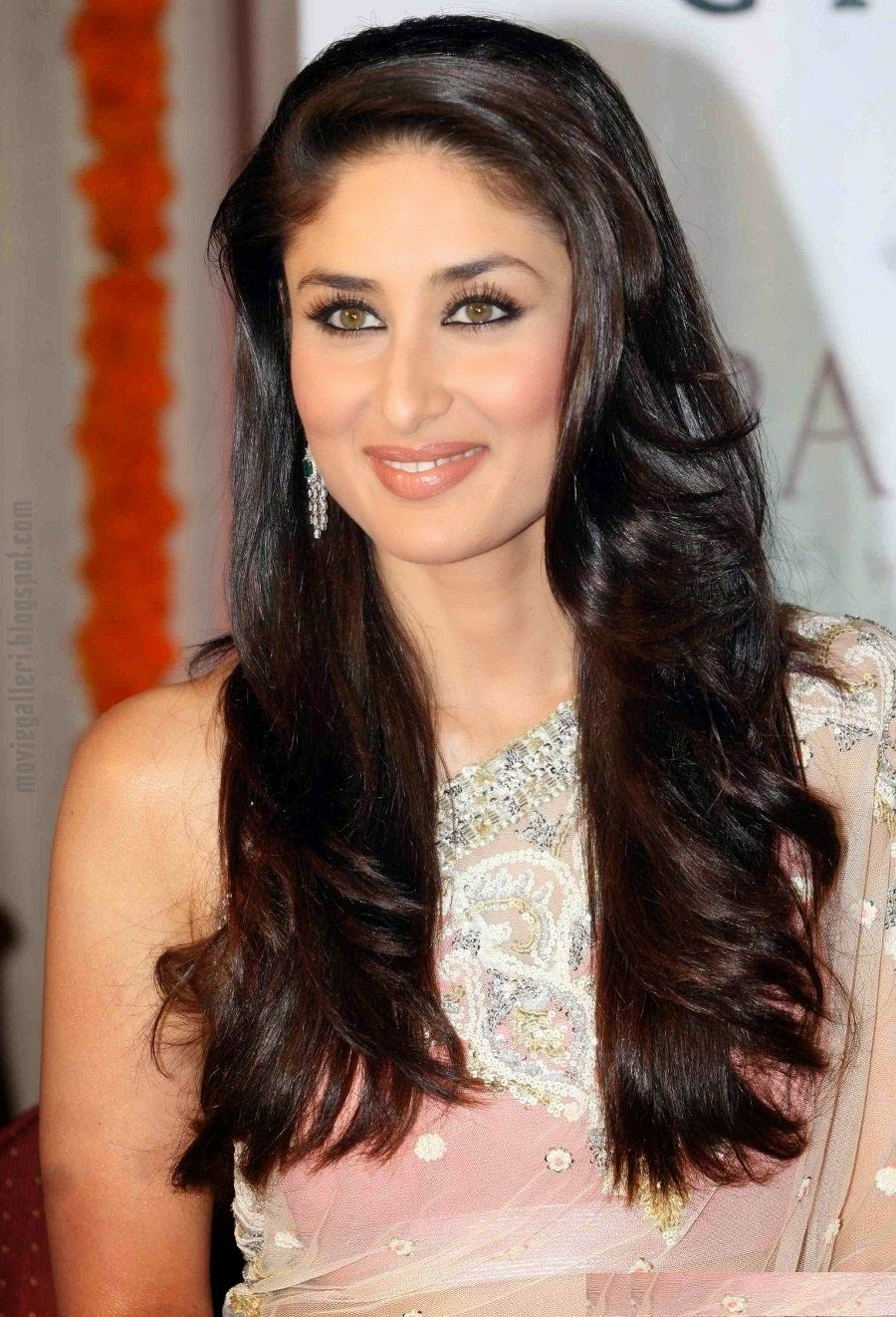 www bollywood skuespiller bilder kareena Kapoor sexy video