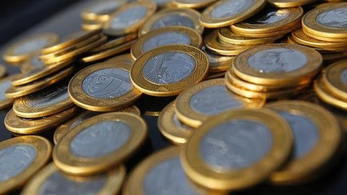 Salário mínimo aumenta para R$ 788,00 em 2015.