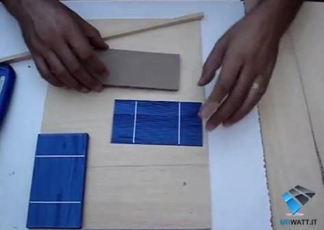 Costruire un pannello solare fotovoltaico fai da te in for Essiccatore solare fai da te