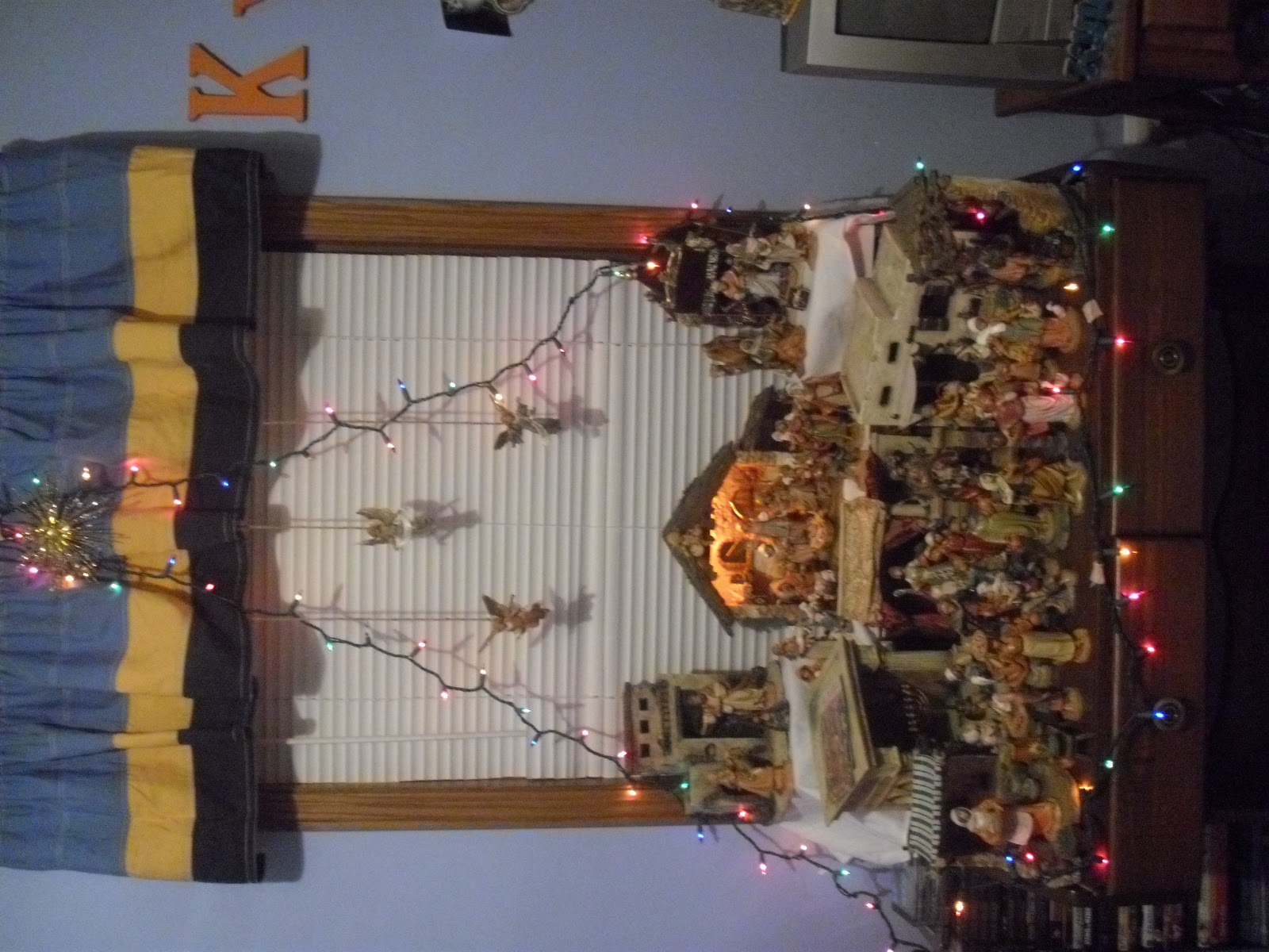 The small town catholic christmas decorations indoor for Christmas house indoor decorations
