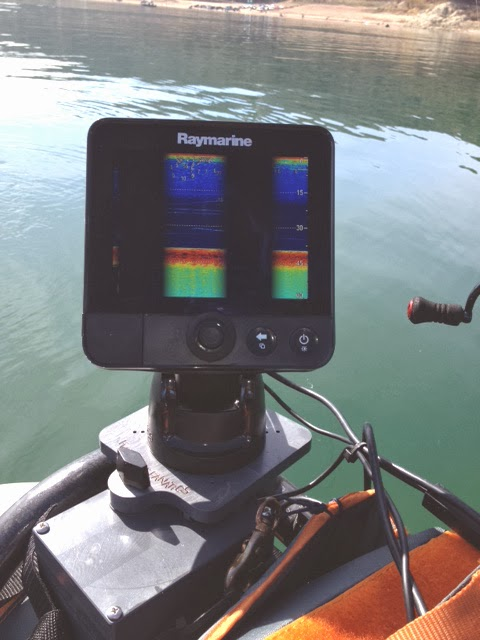 Fish finder and transducer mounting solutions raymarine for Float tube fish finder