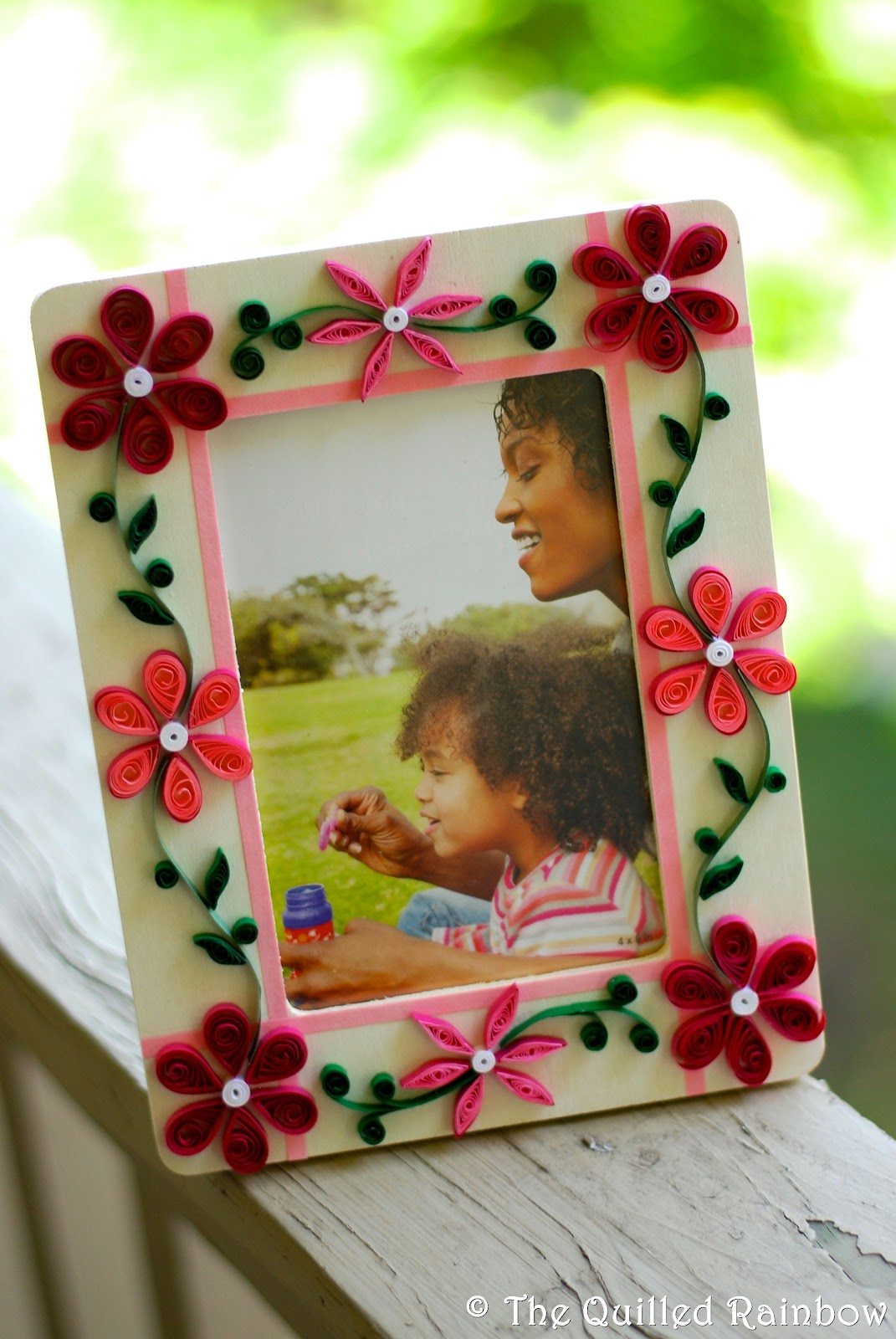 The quilled rainbow quilled photo frames jeuxipadfo Image collections