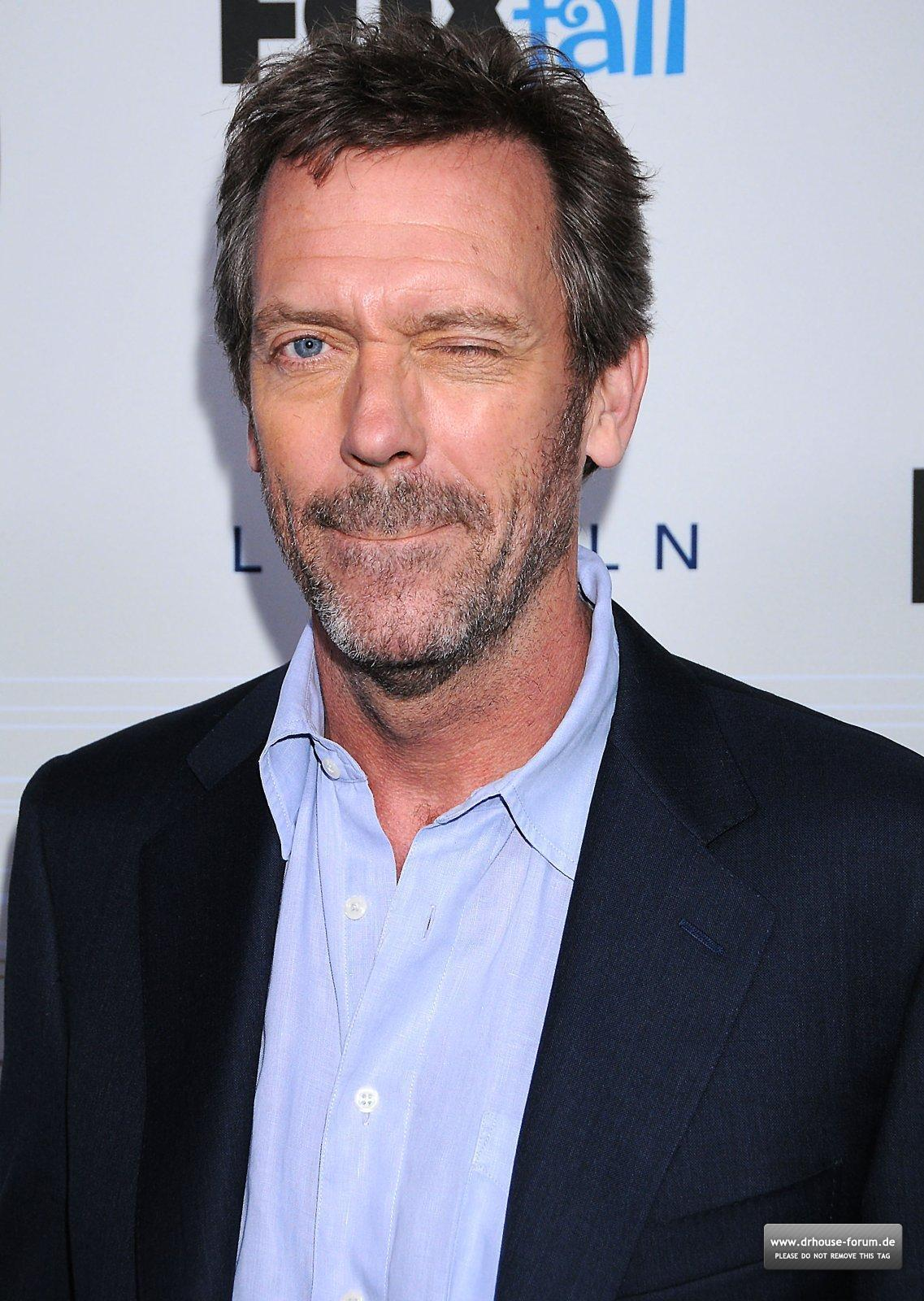 http://2.bp.blogspot.com/-mnM4NRQRODE/Tz5vHa8CiNI/AAAAAAAABKM/_YaQsMKOUJw/s1600/Hugh-Laurie-Fox-Fall-Party-2010-hugh-and-lisa-15534416-1137-1600.jpg