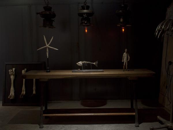 インダストリアルテーブル