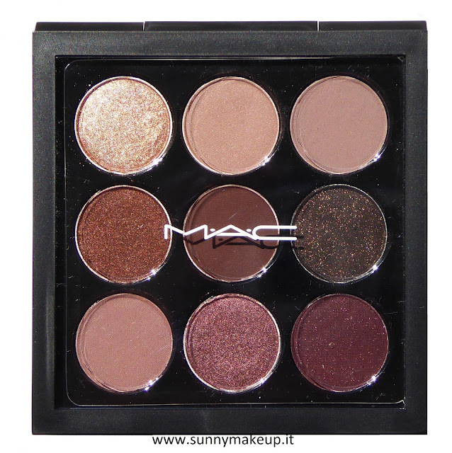 MAC Eye Shadow x 9 - Burgundy Times Nine. Palette di ombretti della collezione Eyes On MAC.