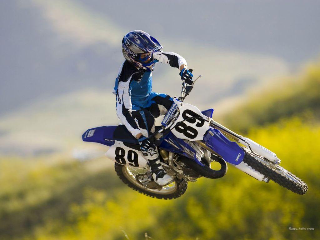 144_0802_01_z motocross_grand_