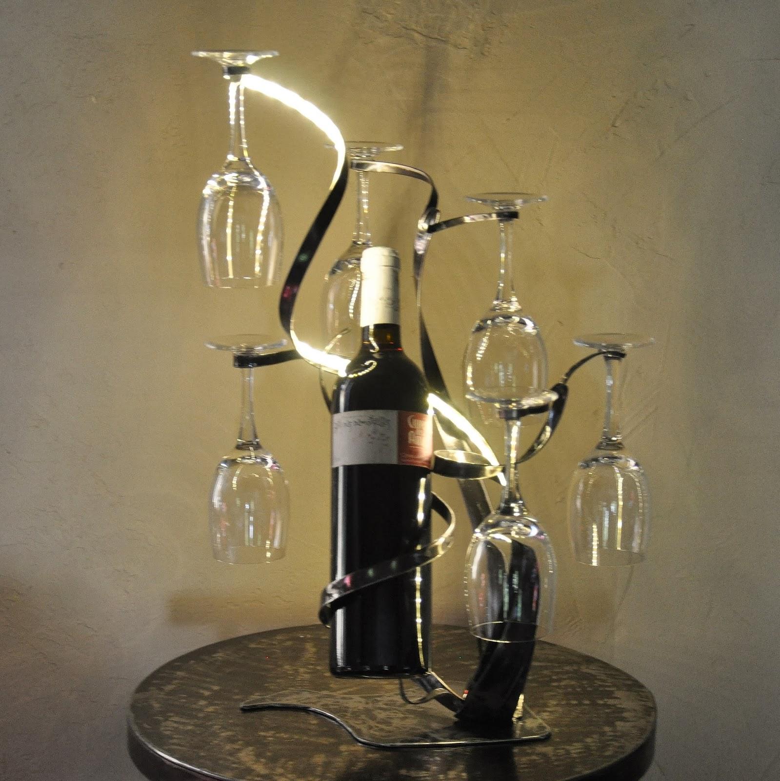 cr ateur d 39 objets d co en fer forg bougeoirs luminaires porte bouteille porte bouteille. Black Bedroom Furniture Sets. Home Design Ideas