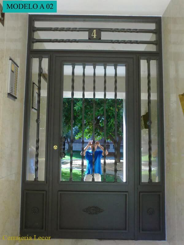Cerrajeria met lica lecor puertas de entrada for Modelos de puertas metalicas para viviendas