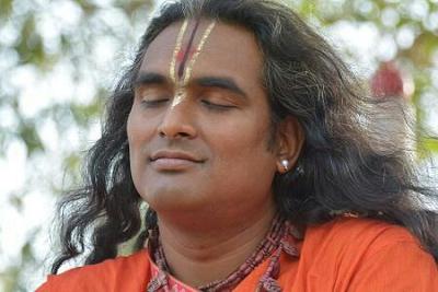 Zpráva Svámího Vishwabaladharanandy a nejnovější sádhana