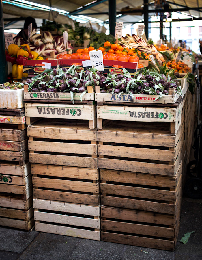 Rialto Market Venice photo by Kreetta Järvenpää www.gretchengretchen.com