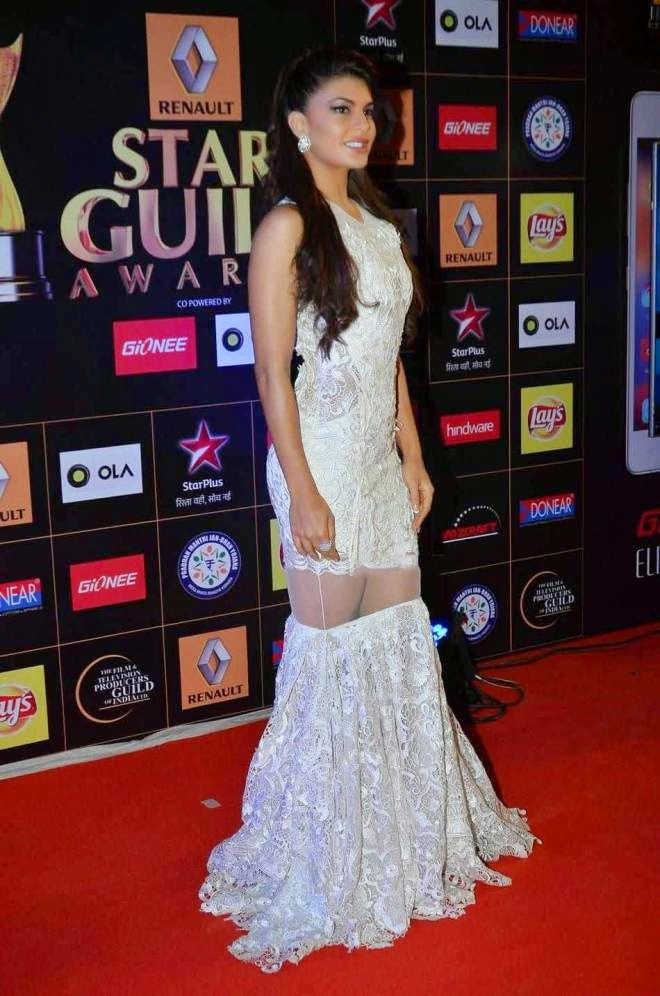 Jacqueline Fernandez Wardrobe Malfunction Photo at star guild awards