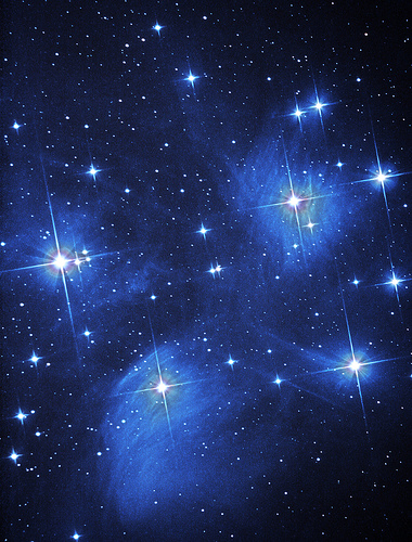 bintang berwarna