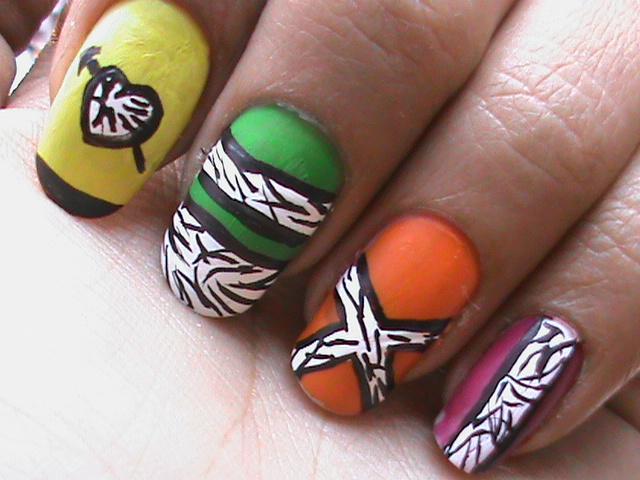 easy nail designs for short nails 2012. Black Bedroom Furniture Sets. Home Design Ideas