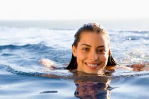 hair-care-during-summer- كيف تعتنى بشعرك فى فصل الصيف
