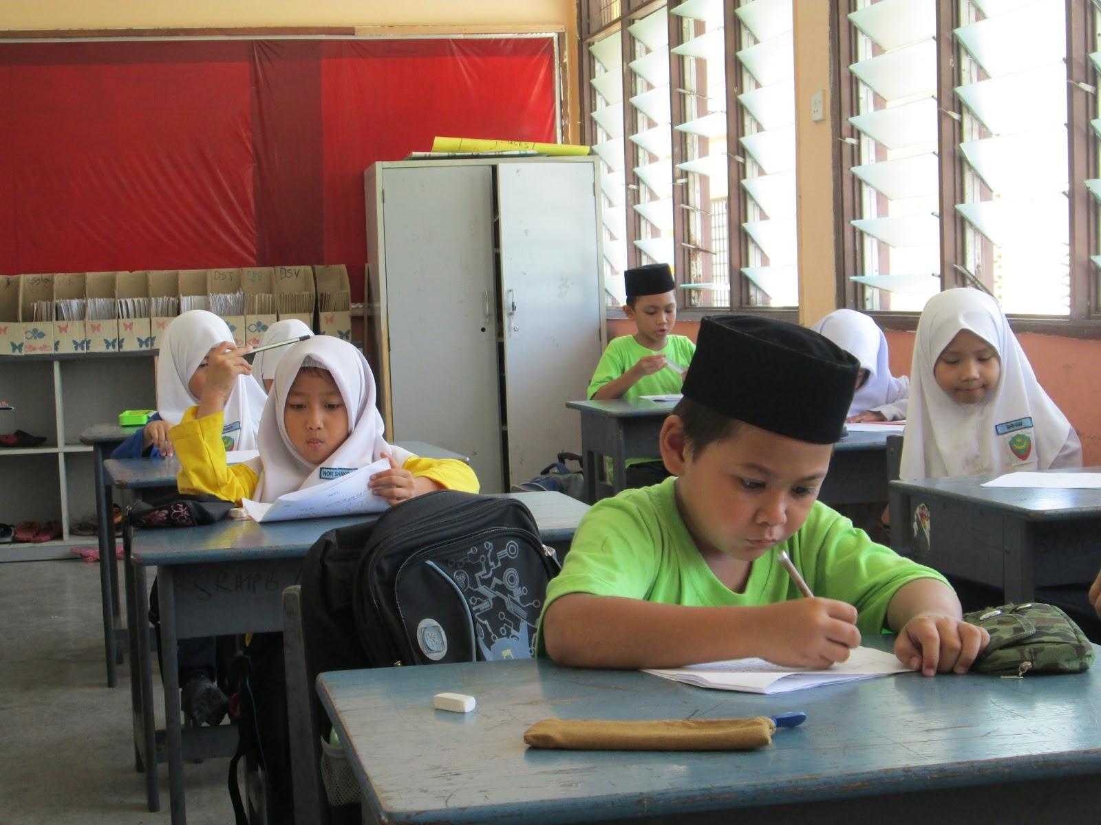 Bahasa Malaysia Berakit Rakit Ke Hulu Berenang Renang Ketepian Bersakit Sakit Dahulu Bersenang Senang Kemudian