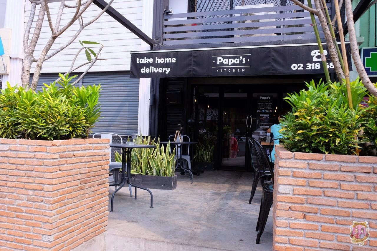 Deadly bunny chubby penguin papa 39 s kitchen soi for P kitchen restaurant bangkok