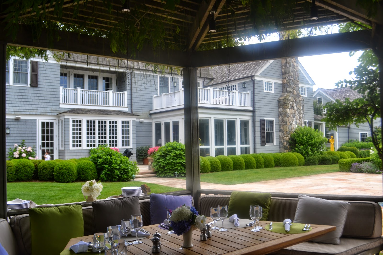nest by tamara under the pergola v a fabulous weekend lunch with