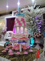 3 tiers wedding cakes