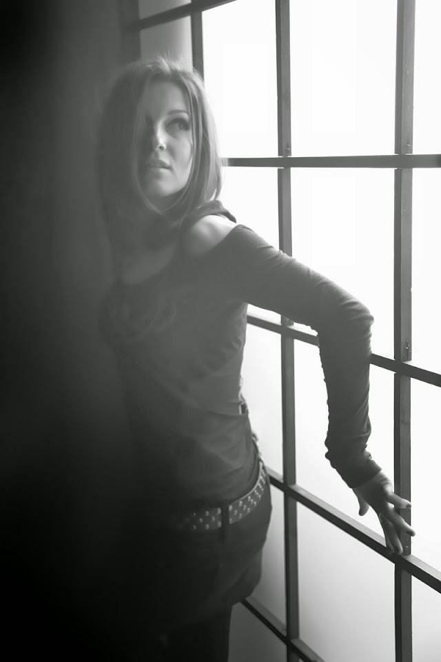 Vokalis Asli TANTAL, Sofia Raykova Kembali Bergabung dengan Band