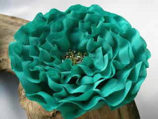 брошь из ткани   цветы из ткани